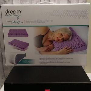 Dream Away Comfort Net Pillow NEW